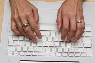 B2B_blogging_involves_time_and_commitment
